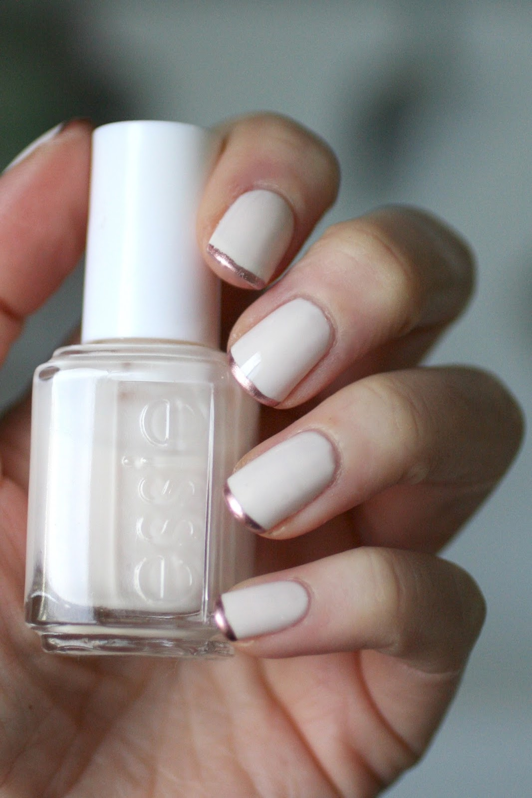 Classics : Essie Baby\'s Breath (+ Treating Yourself) | Essie Envy