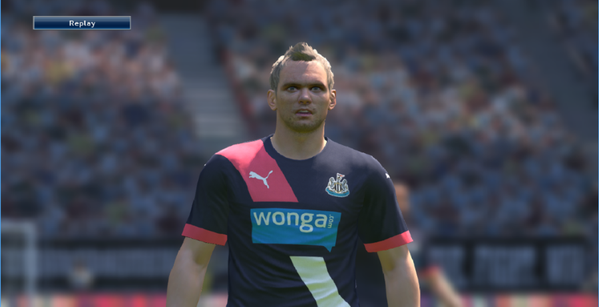 Tercer Kit Newcastle PES 2016