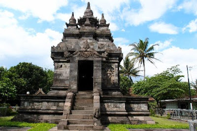 Tempat Wisata di Magelang Yang Cocok Untuk Liburan 12 Tempat Wisata di Magelang Yang Cocok Untuk Liburan