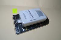 Verpackung: Bonlux Bewegung aktiviert LED-WC-Nachtlicht 16 Farben ändern Batteriebetriebene automatische Sensor-LED-Nachtlicht für Badezimmer Waschraum -WC-Schüssel Sitz Lampe [Energieklasse A+]