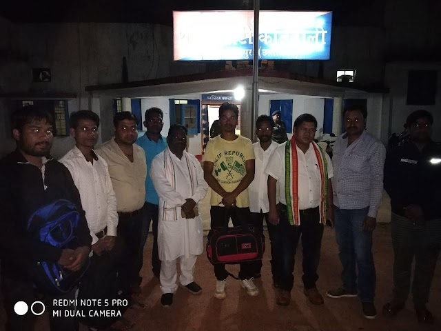 Video पत्रवार्ता:- जशपुर में कांग्रेसियों का औपचारिक विरोध,भूपेश को जेल भेजे जाने का विरोध फोटो वीडियो में सिमटकर ख़त्म