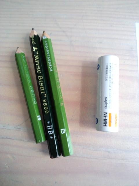 使い古した鉛筆たちをペンシルホルダーで蘇らせよう。