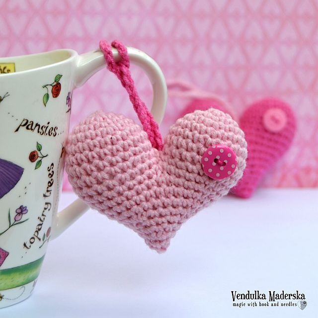 Crochet heart pattern by VendulkaM