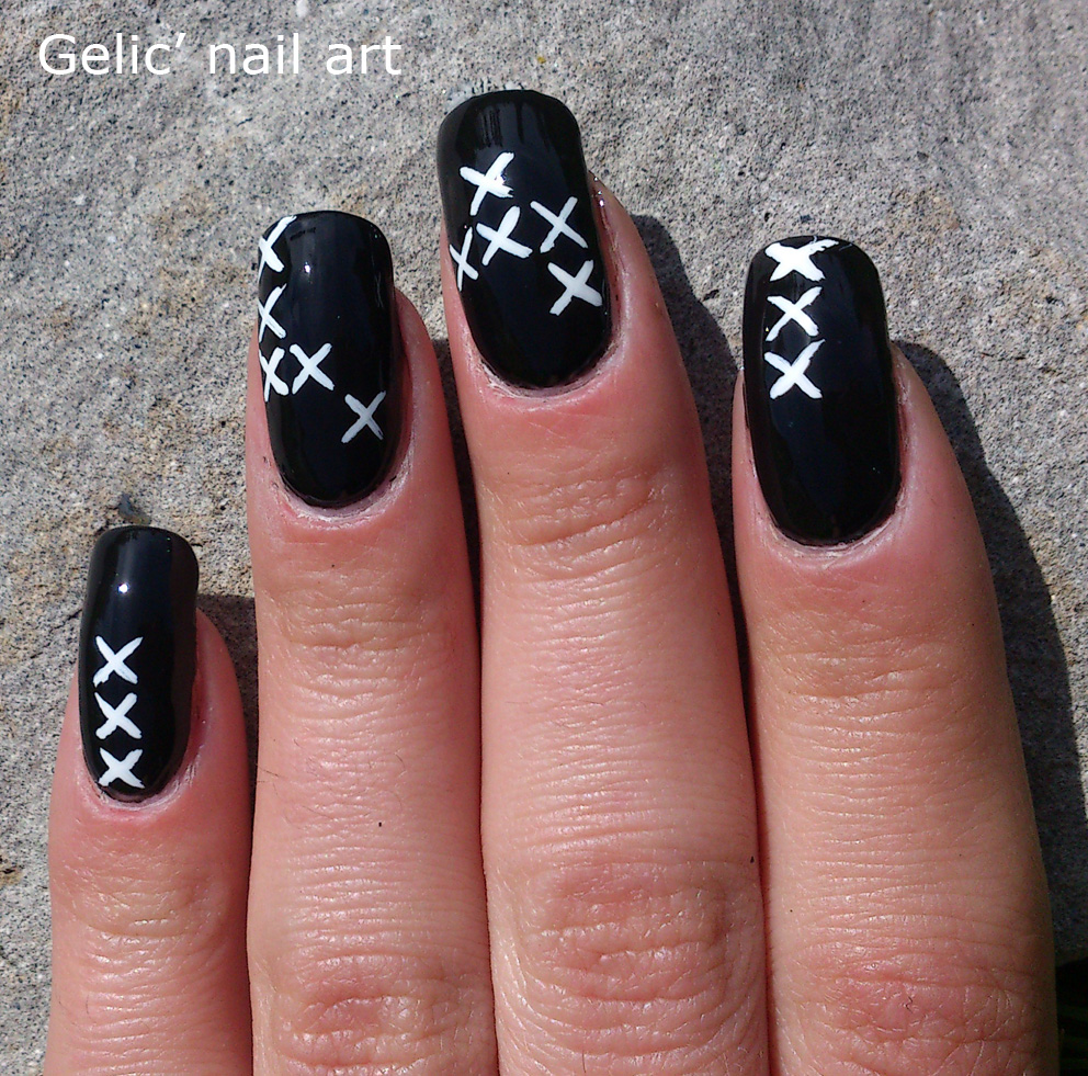 Nail Art Stitch: Gelic' Nail Art: 31DC2013 Day 7; Black And White Cross