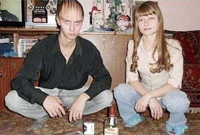 Hässliche Menschen mit dünnem Haar - Familienbilder zum lachen