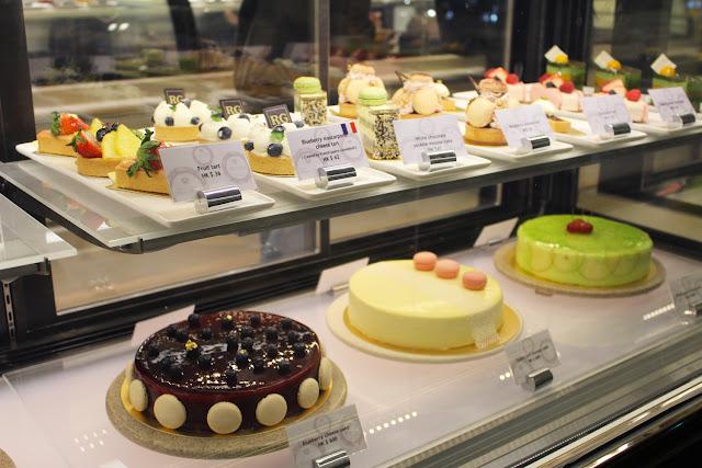 Xenia Olivia Fine Foods The Royal Garden S Cozy Cake Shop