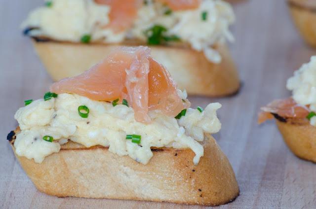 Recette Toast au saumon à la crème citronnée