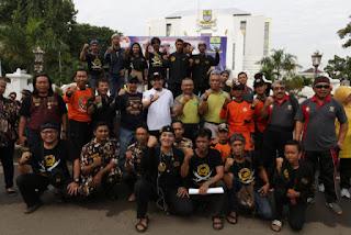 Hari Peduli Sampah Nasional masyarakat Cirebon Lakukan Bersih- Bersih Lingkungan