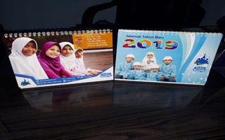Kalender Meja 2019