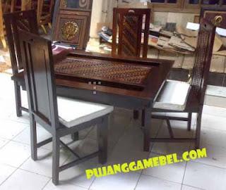 Meja Kursi Makan Minimalis Motif Batik