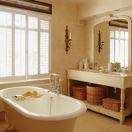 French Country Bathroom Flooring: Traditional Design Ideas For Bathrooms