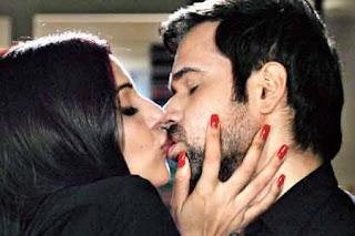 Bipasha Basu And Emraan Hashmi Erotic Lip Kiss