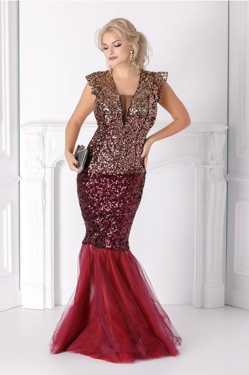rochie lunga de ocazie  paiete aurii si bordo  mai multe randuri de tull la baza
