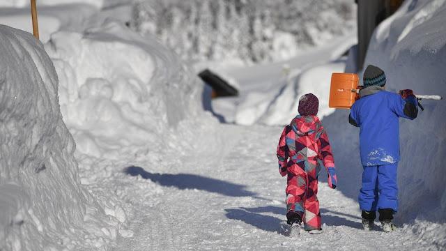 Діти у Баварії, сніг