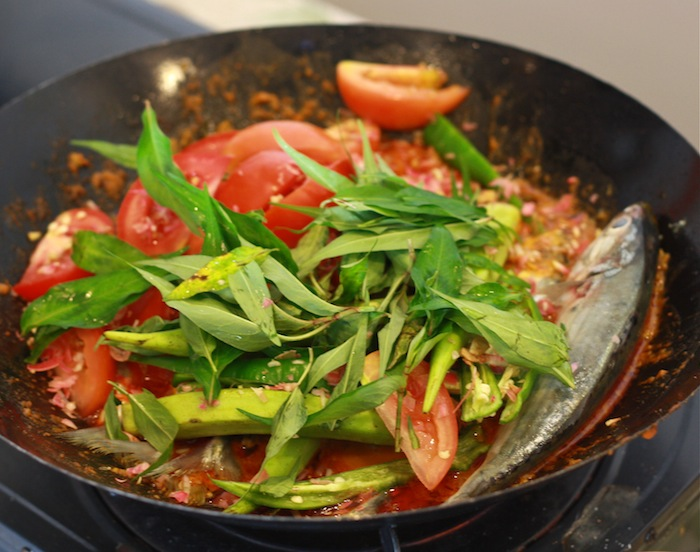 Traditional Malay Fish Curry recipe, featured on SeasonWithSpice.com