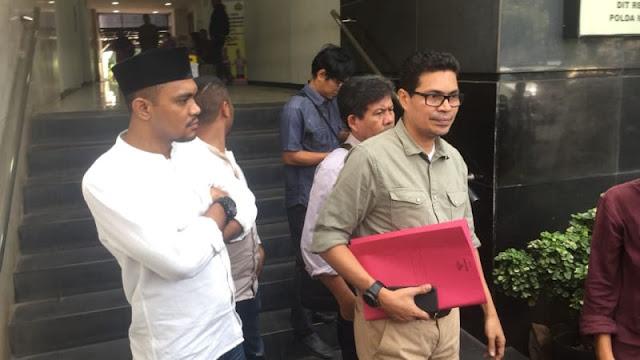 Faizal Assegaf Datangi Polda Metro Laporkan Elite PKS atas Terorisme