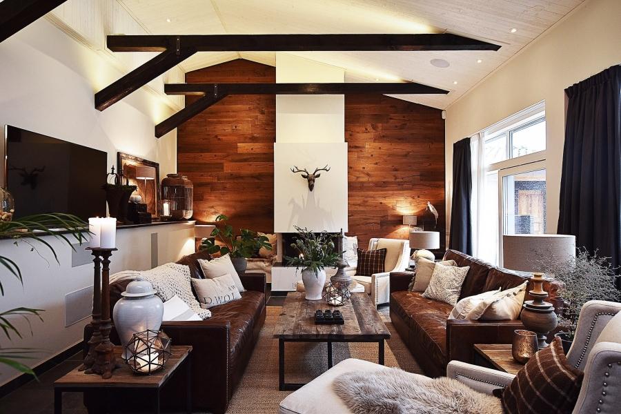 Klasyczna elegancja z rustykalną nutą, wystrój wnętrz, wnętrza, urządzanie mieszkania, dom, home decor, dekoracje, aranżacje, styl klasyczny, styl rustykalny, drewno, salon, living room