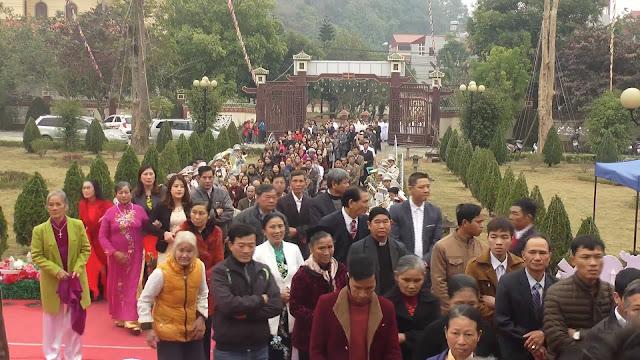 Lễ truyền chức Phó tế và Linh mục tại Giáo phận Lạng Sơn Cao Bằng 27.12.2017 - Ảnh minh hoạ 255