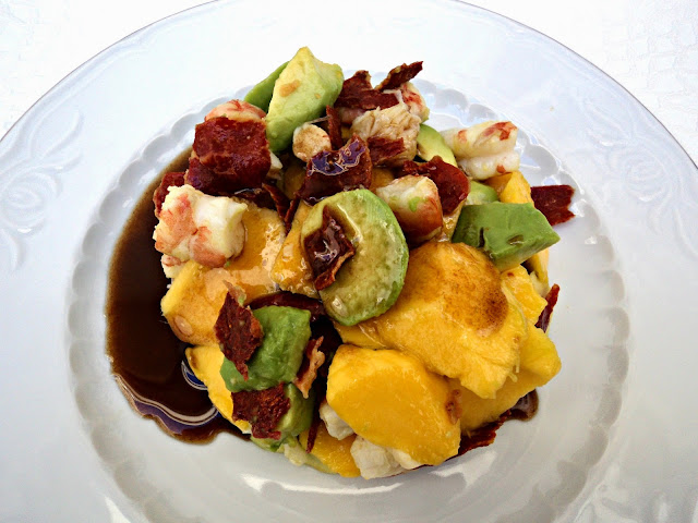 ensalada-mango-langostinos-navidad