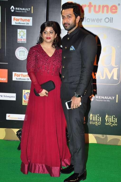 Malayalam film Nenu Ente Moideen starring Prithiviraj and Paravthi bagged five awards