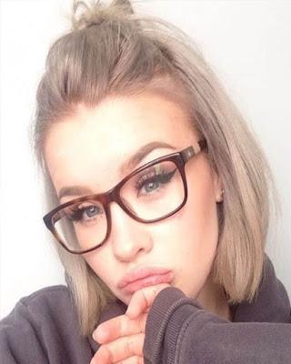 pose con gafas tumblr casual