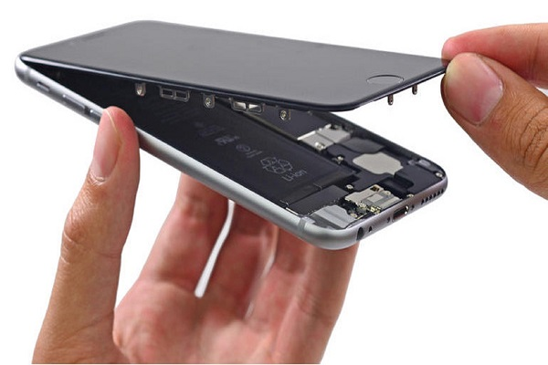 dịch vụ thay pin iphone 8 plus tại maxmobile