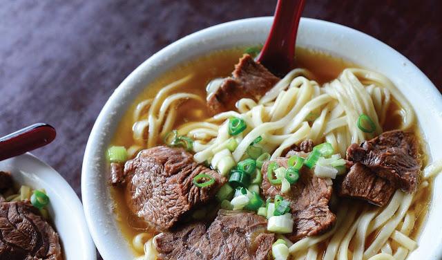 Mì tươi thịt bò hầm thơm nức nóng hổi cho cả nhà