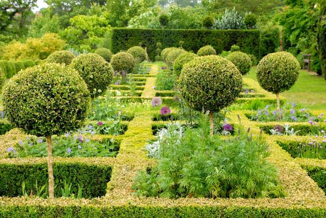 wouwenberghof cassel, frans-vlaanderen, mooie tuinen in frankrijk, mooiste tuin noord-frankrijk, le nord,