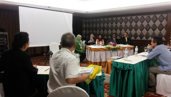 Discussion Going on Regarding PBL, 3rd APJC-PBL-2014, Thailand