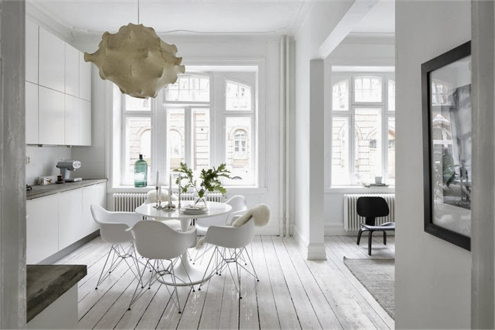 My Own Home It Doesn T Stop Me From Admiring The Beauty And Serenity Of An All White Pallette In Other Homes Such As This Apartment Here Malmö