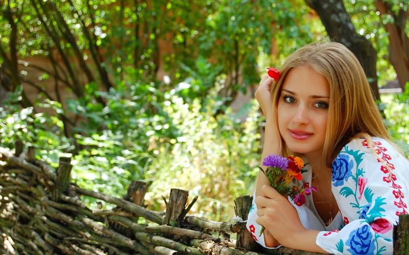 красивые девушки украины ролик онлайн бесплатно