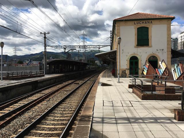 Estación de tren de Lutxana