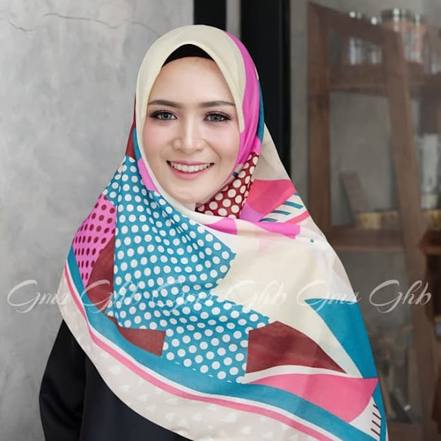 Jilbab Segi Empat VOAL LOVE