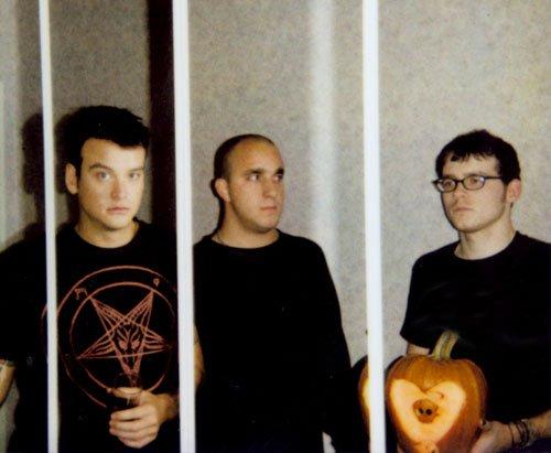 Biodata Alkaline Trio