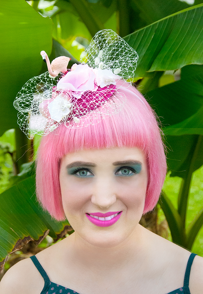 flamingo fascinator, Jazzafine, pink haired blogger
