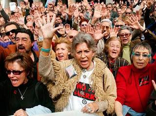 La España del griterío y de la manifestación mediática pero inútil para lo que dice defender