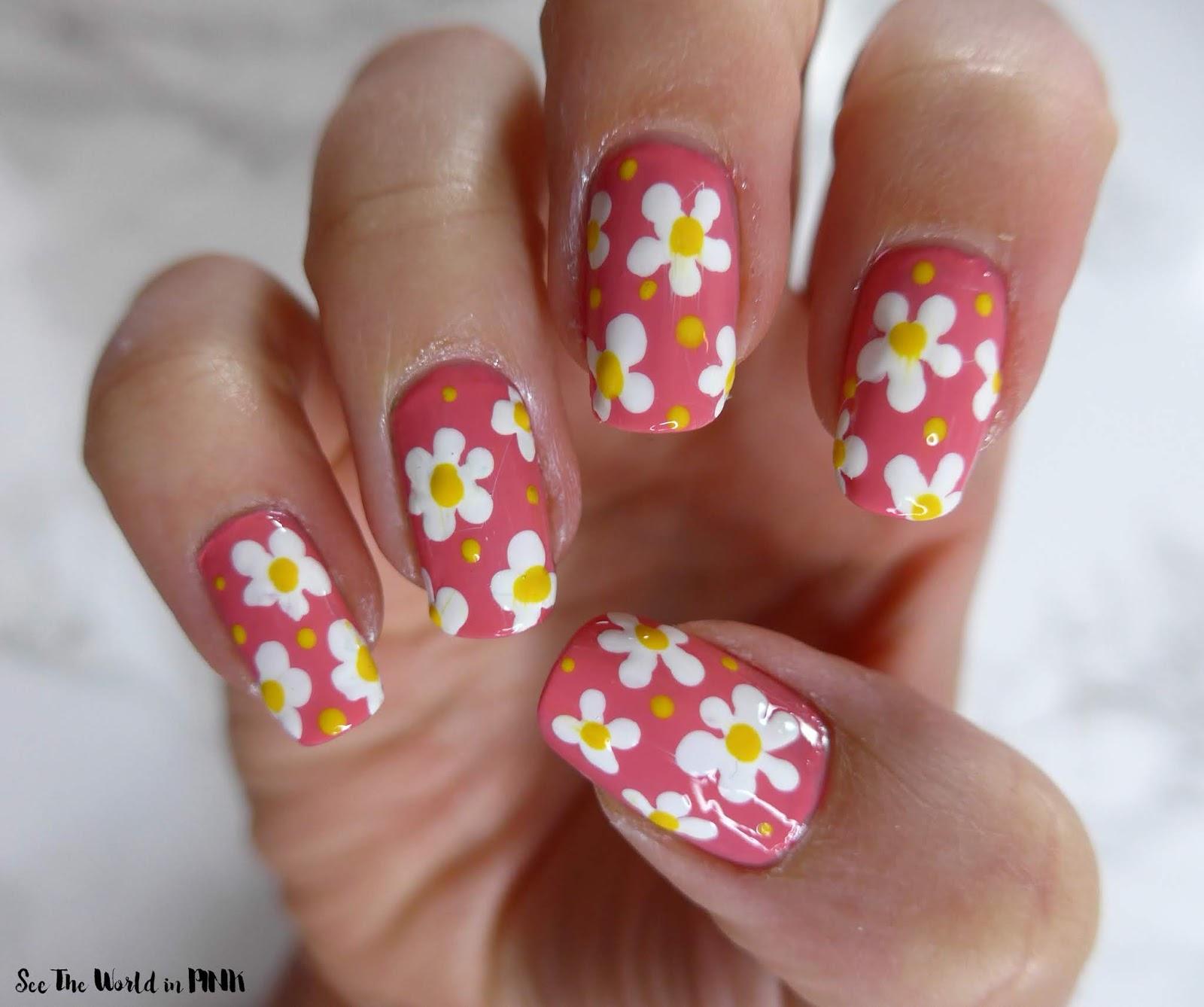 Field of Daisies Floral Nail Art