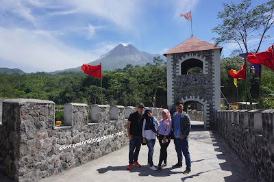 Benteng The Lost World Castle