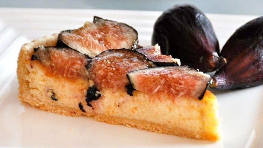 Tarta de queso mahonés con higos