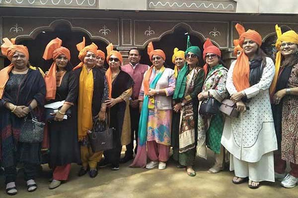 many-ministers-wife-visit-surajkund-international-crafts-mela-photo