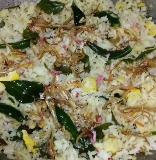 Resepi Nasi Goreng Kerabu Bunga Kantan
