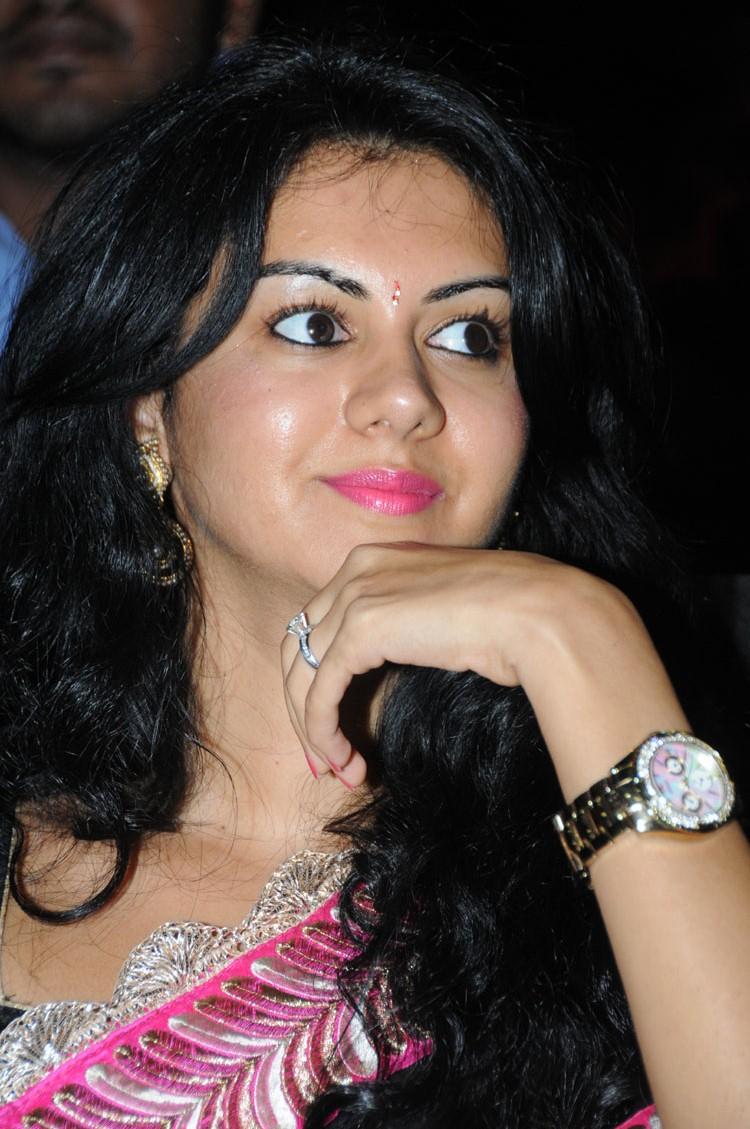 beautiful Kamna jetmalani latest hot pics in black saree