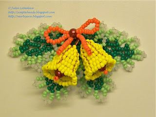Christmas bells decoration out of beads and wire
