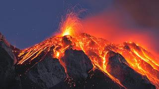 Pengertian Gunung Meletus