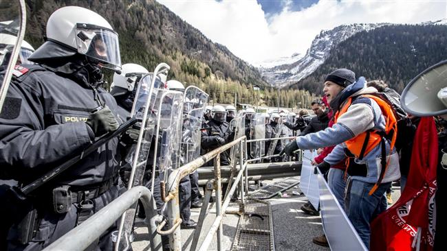 Austrian envoy summoned in Italy over border checks