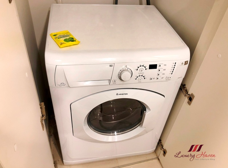 melbourne jazz corner hotel review laundry service