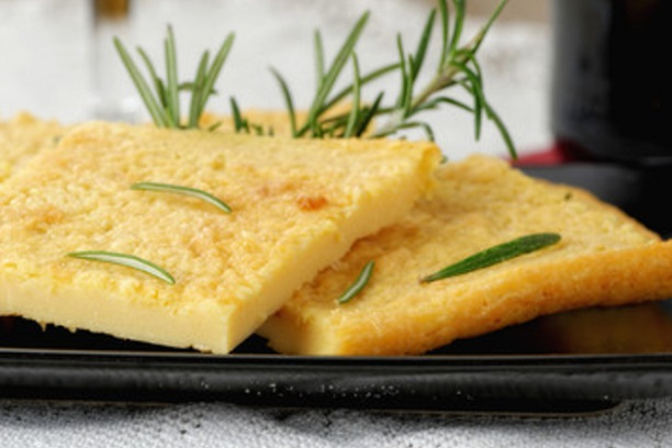 Faina de queso con royal