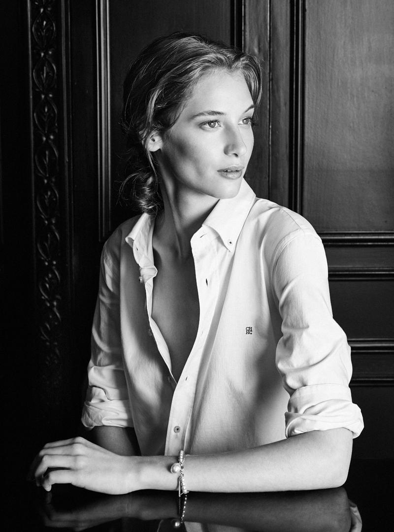 Melina Gesto in Carolina Herrera White Shirt Spring/Summer 2016 campaign / best spring/summer 2016 fashion campaigns / www.fashionedbylove.co.uk