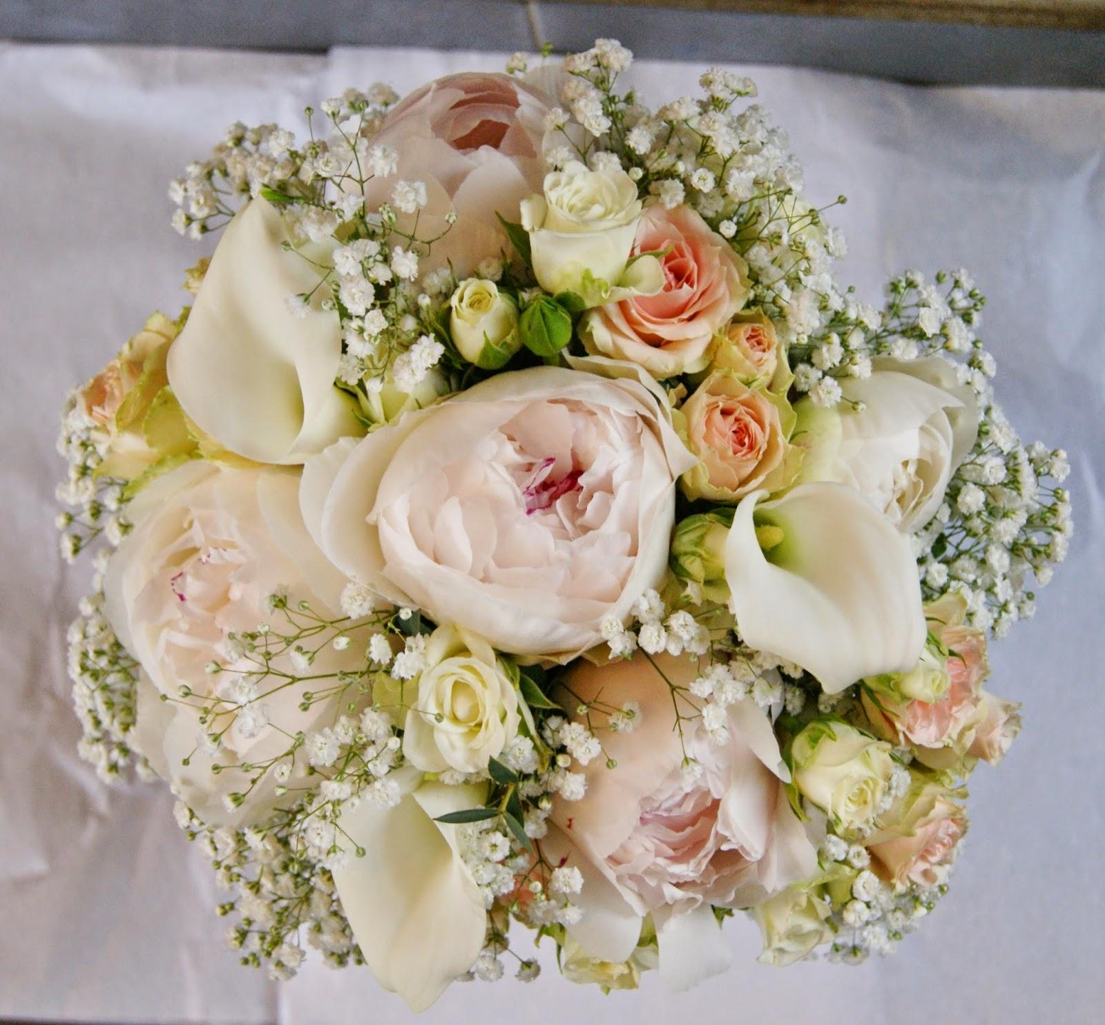 des magnolias sur ma voie lact e bouquet de mari e. Black Bedroom Furniture Sets. Home Design Ideas