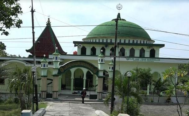 Masjid Tiban di Probolinggo